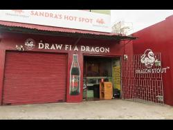 Austin's bar, Draw Fi A Dragon.